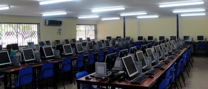 COMPUTER-LABORATORY-700×300-600×300